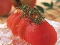 トマトとじゃこのカリカリサラダ