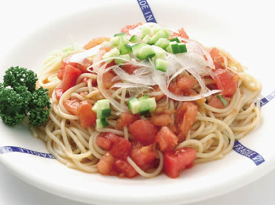 冷製トマトのスパゲティ