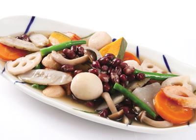 瑞穂大納言小豆と根っこ野菜の京風吹き寄せ煮